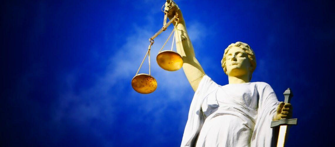 Frankowicze Szturmują Sądy
